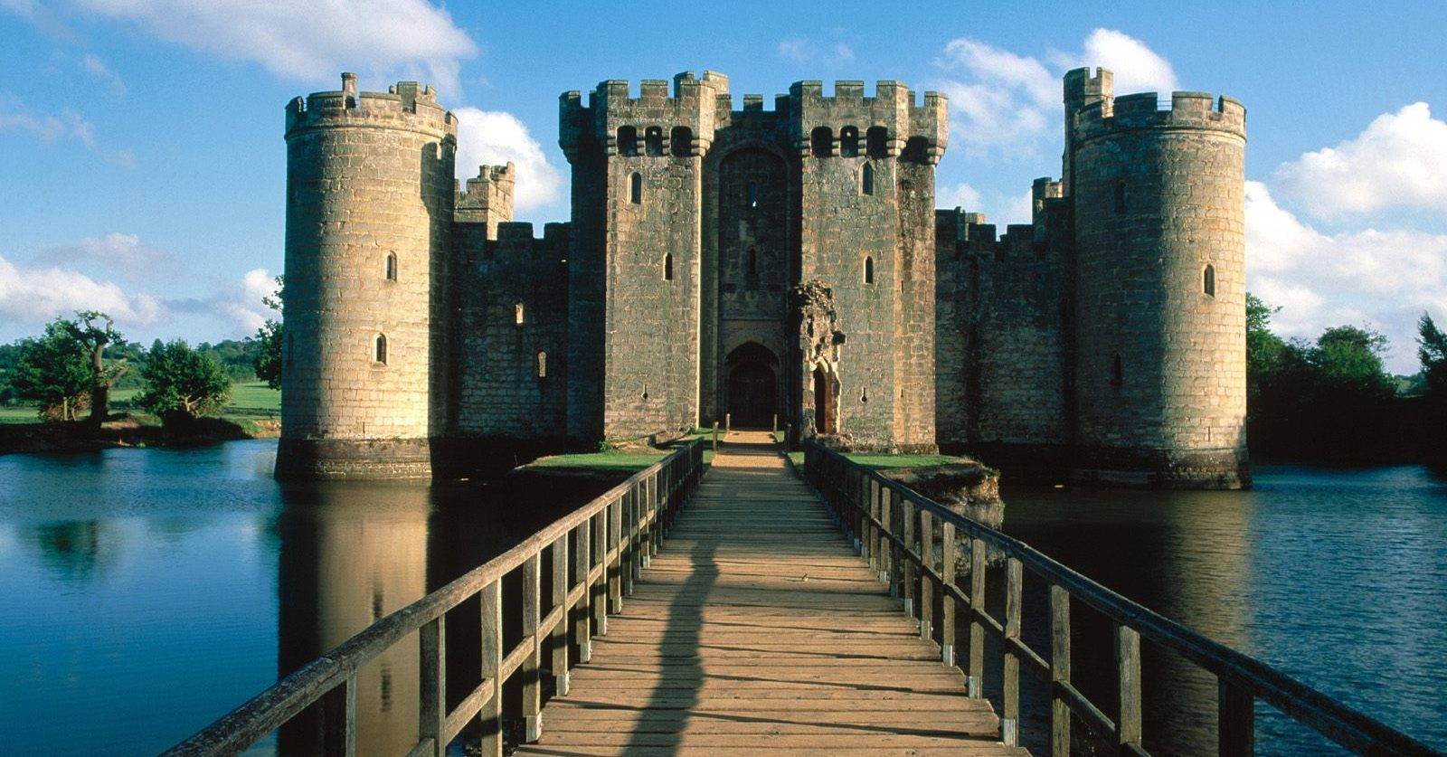 Being Royal The Most Expensive Castles Ever Sold Therichest