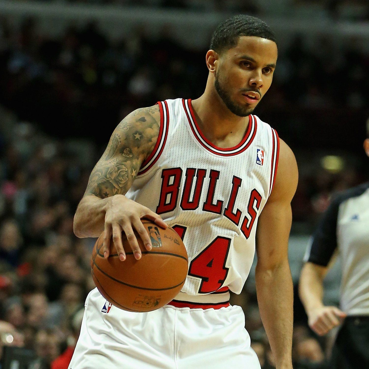 hi-res-459204231-augustin-of-the-chicago-bulls-moves-against-the-toronto_crop_exact