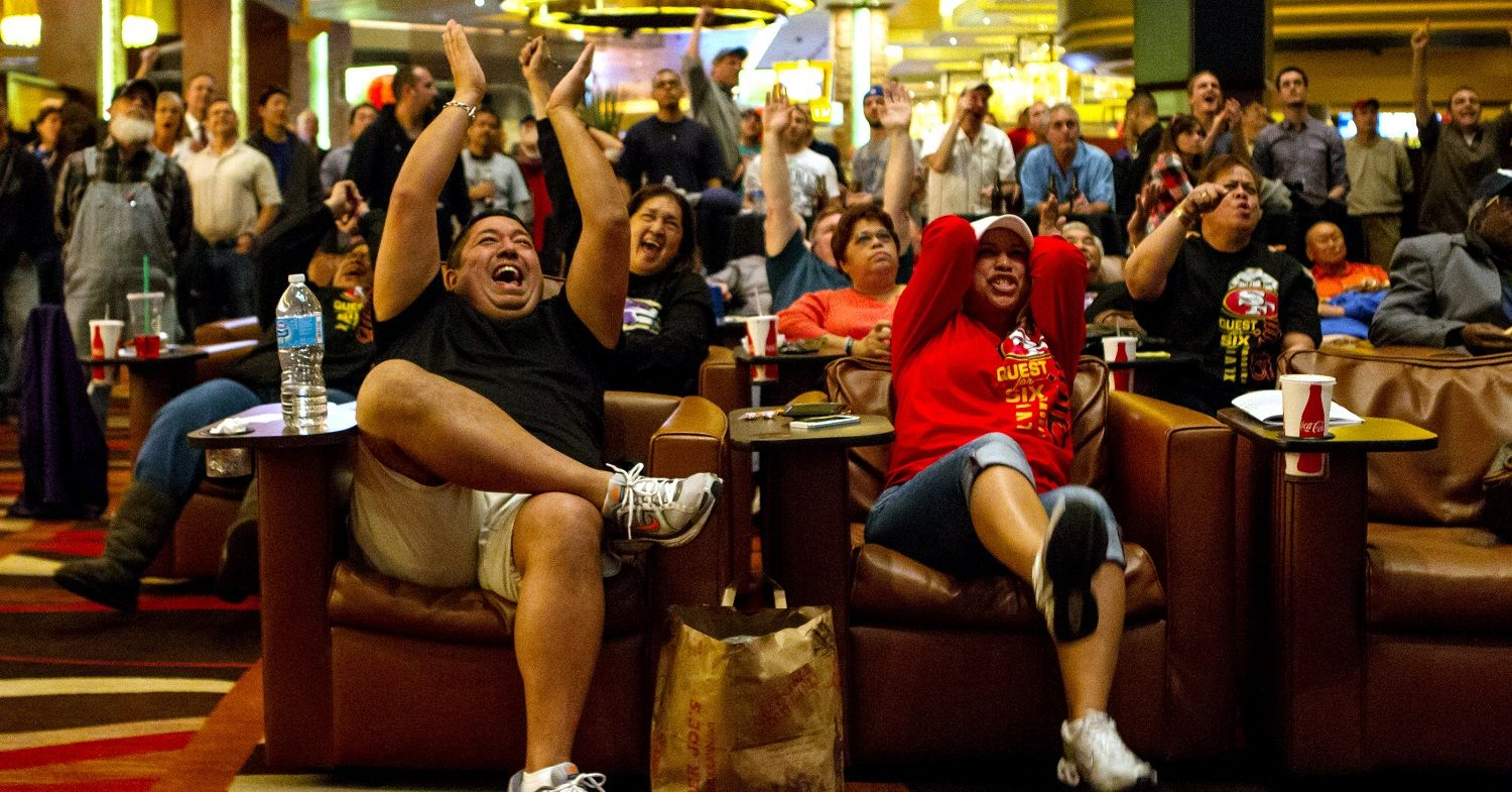 Super Bowl Betting Brings in Big Bucks for Vegas