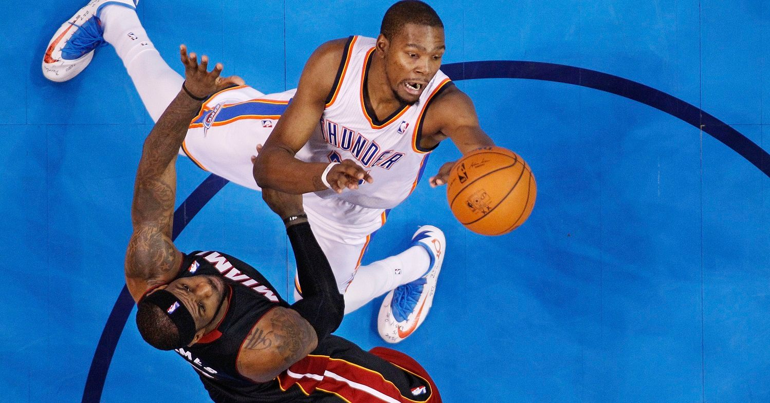 Top 10 NBA Players Who Score the Highest Percentage of ...