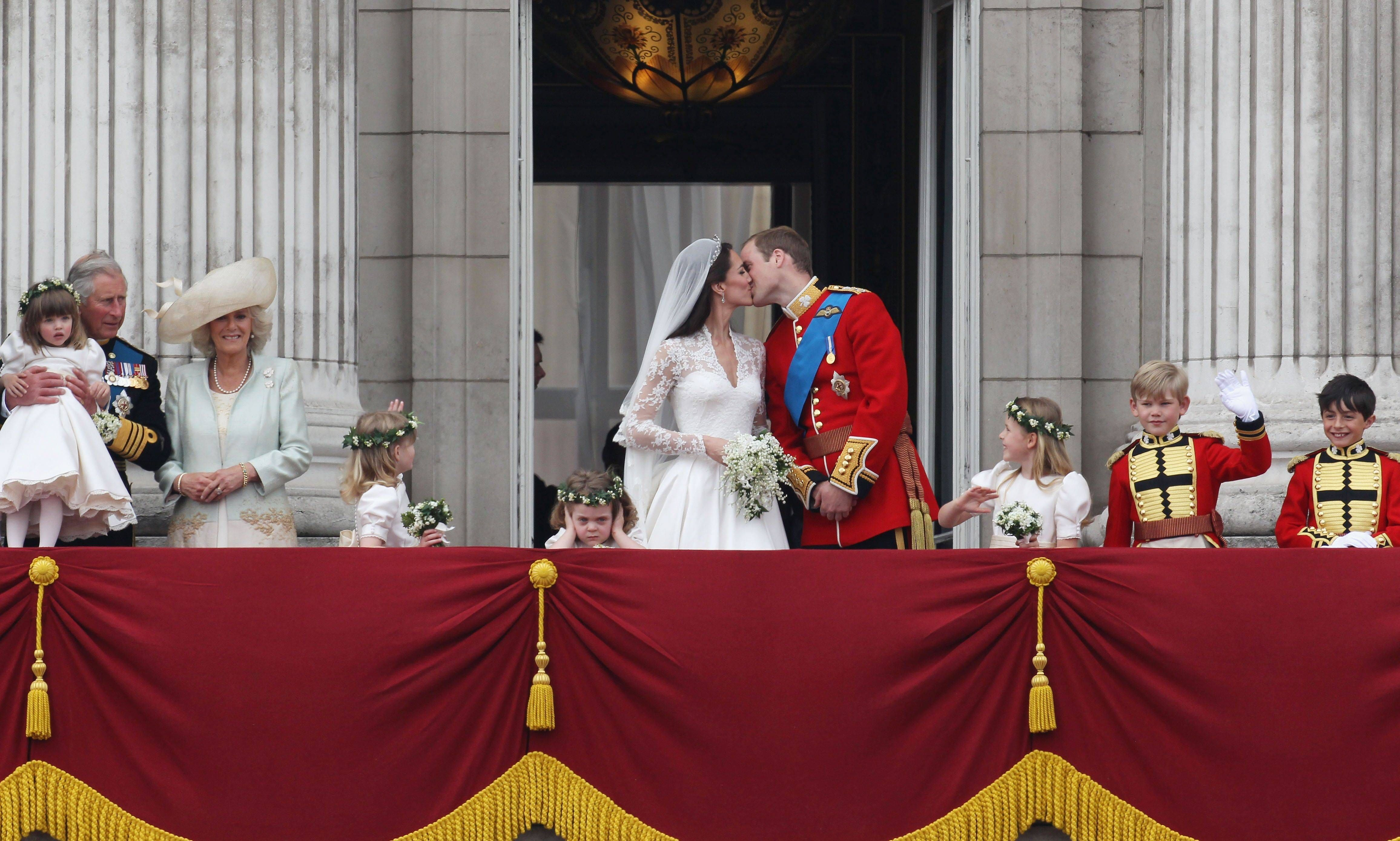 Royal Wedding - The Newlyweds Greet Wellwishers From The Buckingham Palace Balcony