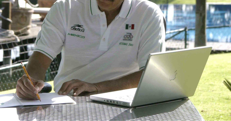 - Vicente_Fox_laptop