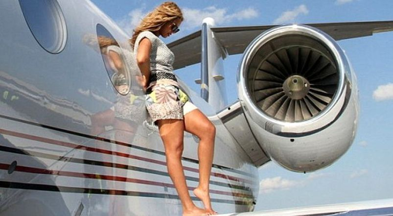 10 Celebs Who Own Luxurious Private Jets