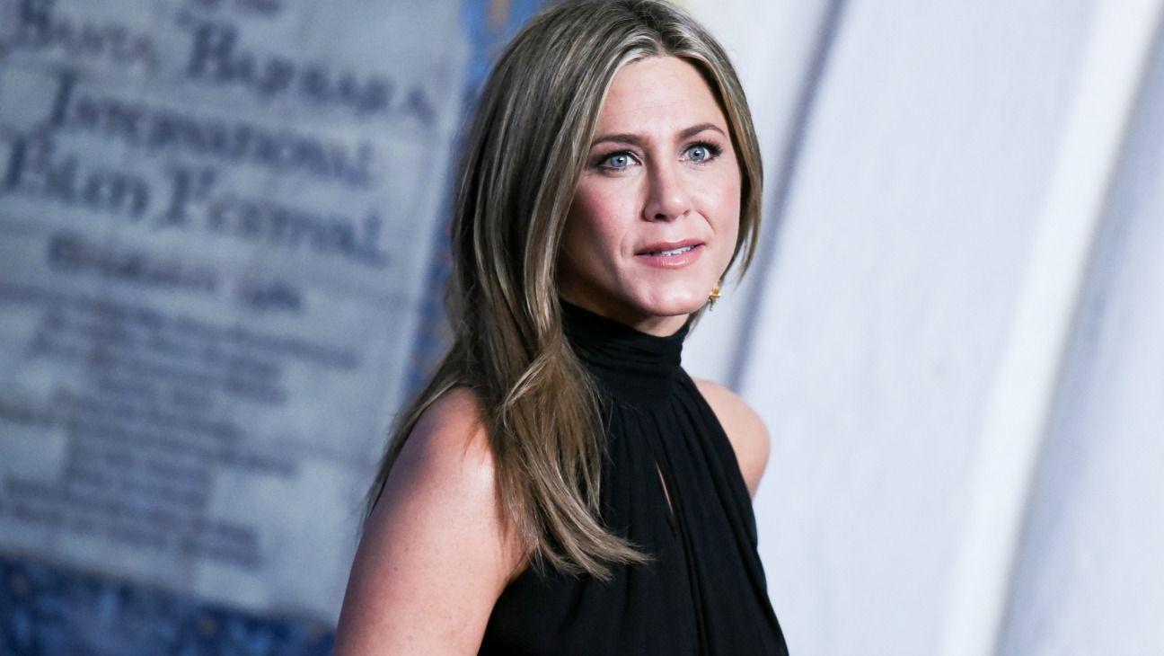 4. Jennifer Aniston – 1999