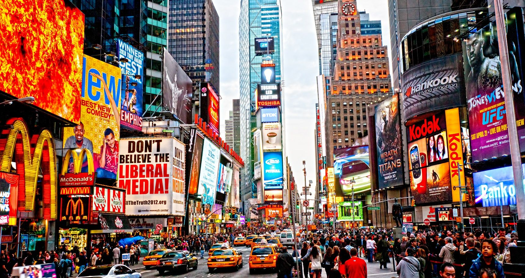 10 Tourist Traps To Avoid While Visiting New York City