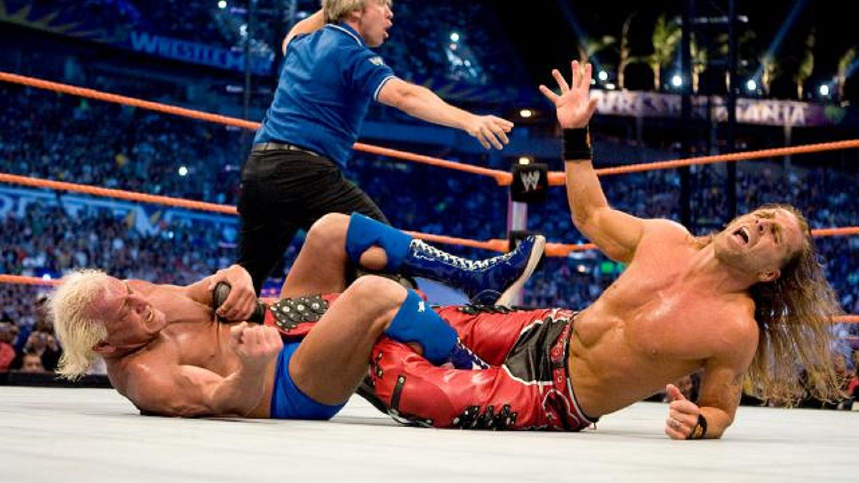 10 Wrestling Finishing Moves That Don't Work Anymore