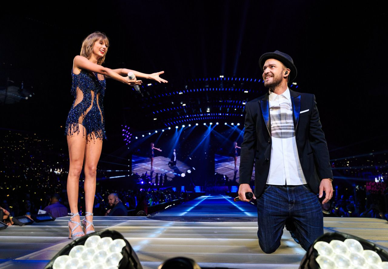 10 Celebrities Taylor Swift Has Brought Onstage On Her '1989' Tour
