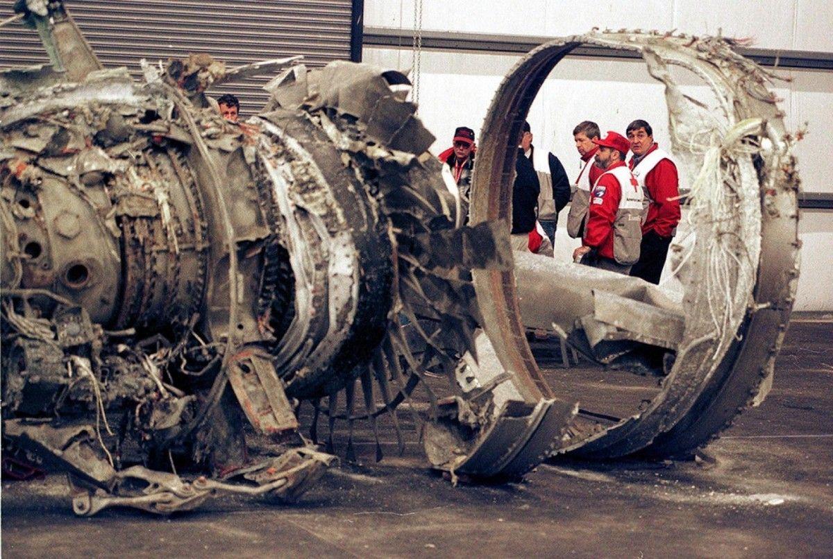 6. EgyptAir Flight 990 Crash