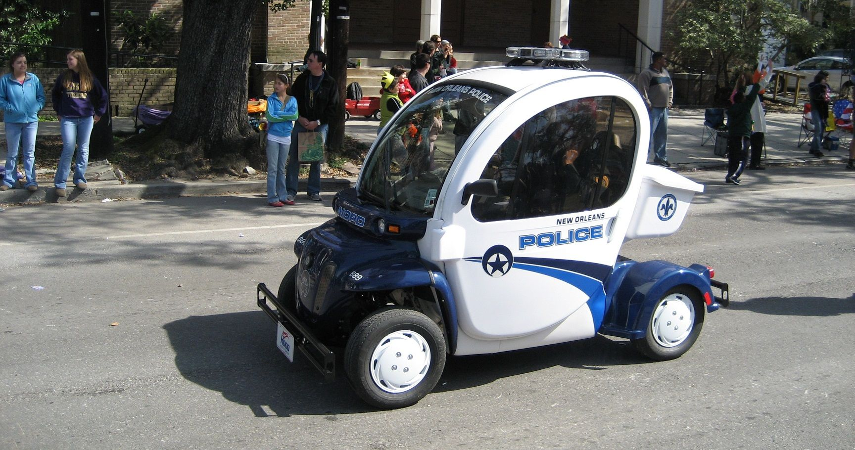 10 Countries With the World's Worst Police Cars