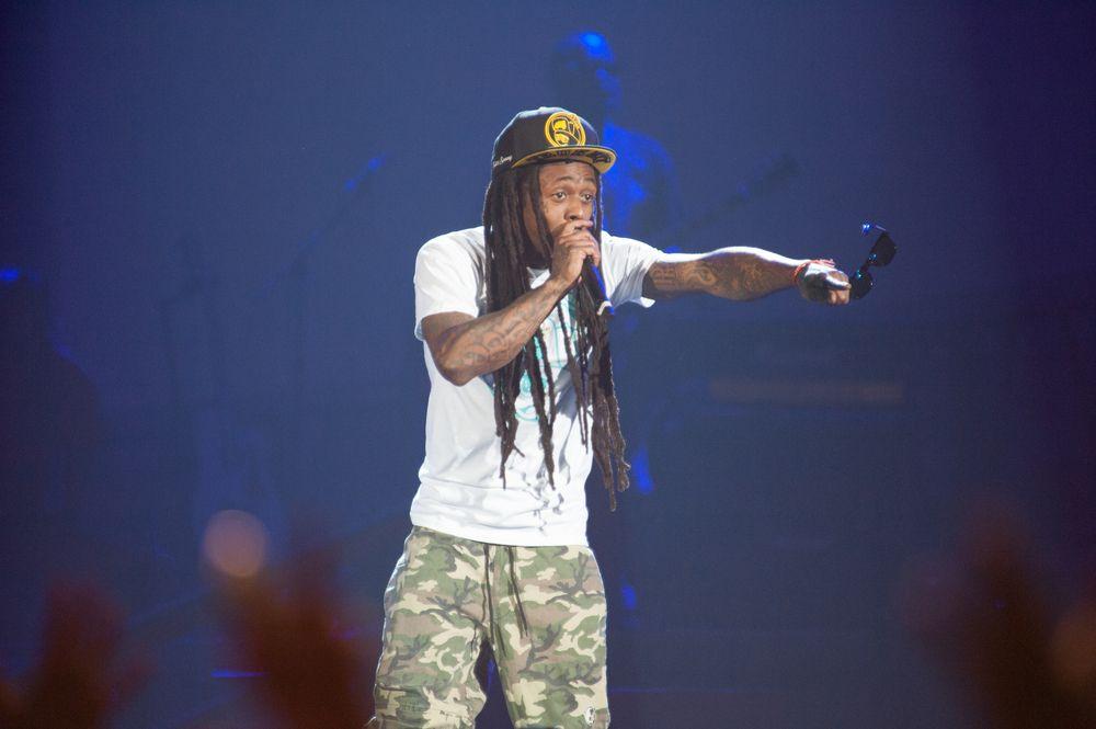 10. Lil Wayne Is Really… Generous