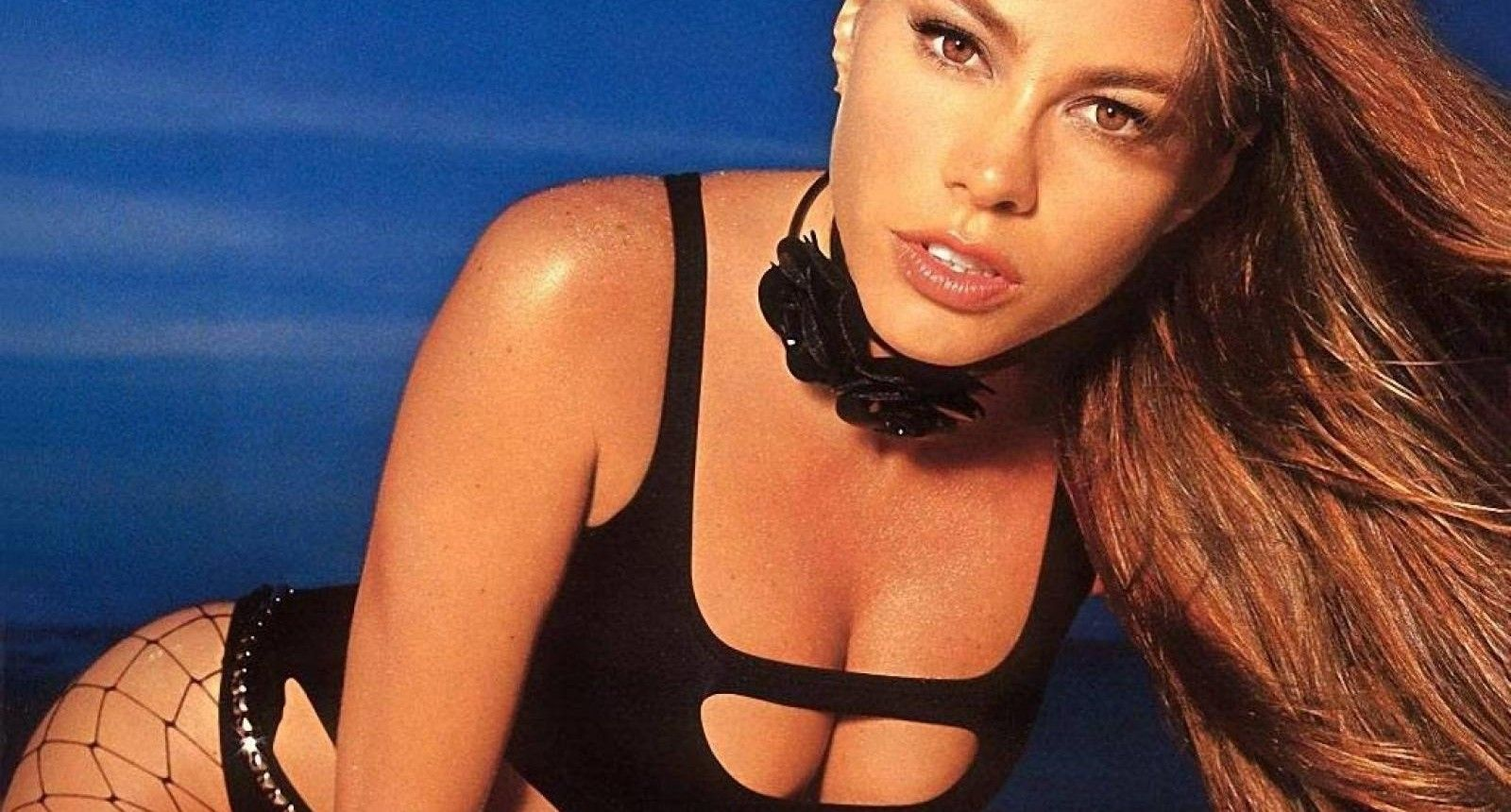 5299a957dab Top 15 Hottest Pictures Of Sofia Vergara | TheRichest