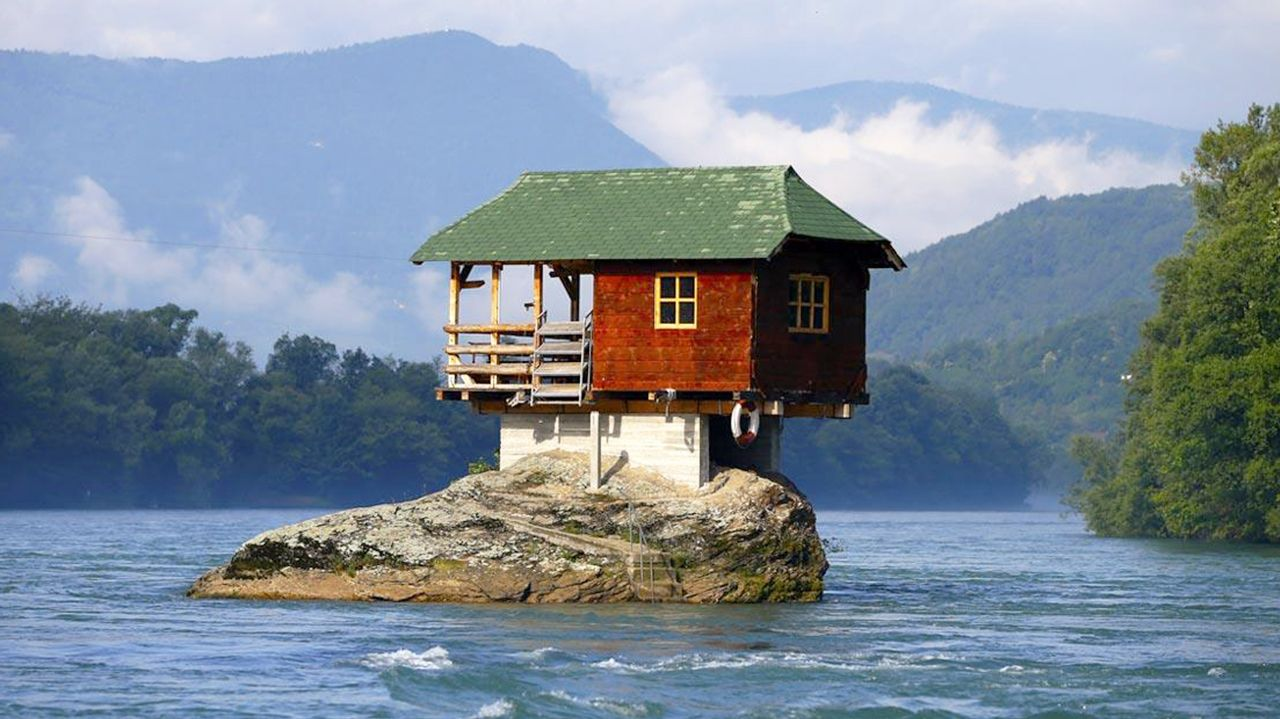 Unbelievably Tiny Houses That Will Inspire You