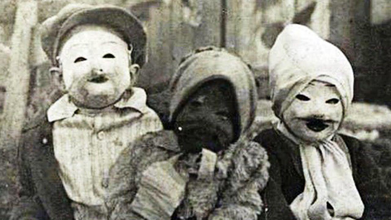 15 Disturbing Vintage Halloween Pictures That Will Creep