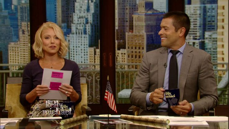 20 Little-Known Details About Kelly Ripa And Her Family Fans