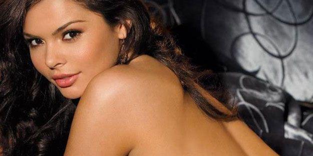 20219-banner-playboy-Miss-September-Alana-Campos